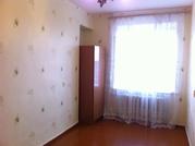 Продам 2-к квартиру,  43кв.м.,  на 9 этаже 9-эт. кирпичного дома.